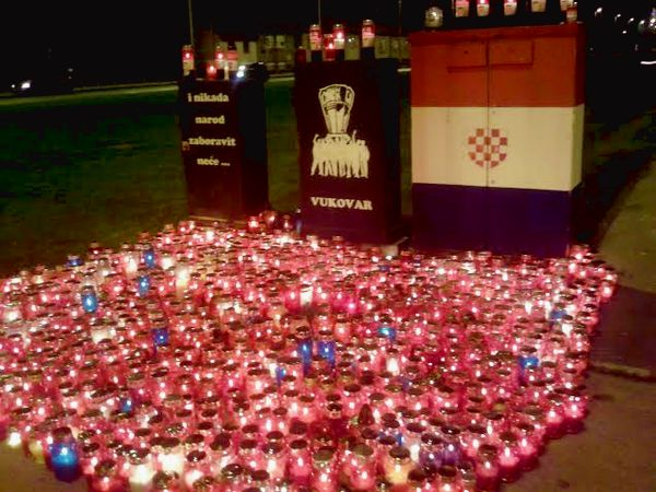 Thousands of Candles Lit to Mark Vukovar Remembrance Day