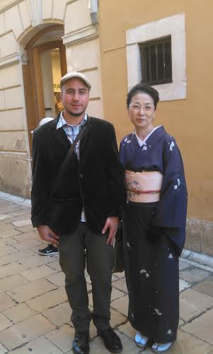 Lovre with a Japanese tourist