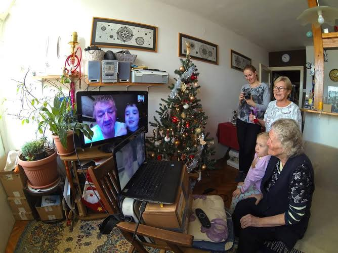 Mother and son 'face to face' again after 60 years