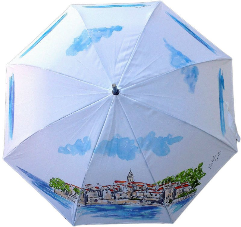 Korčula inspired umbrella (photo: pixsell/hrvatskikisobran)