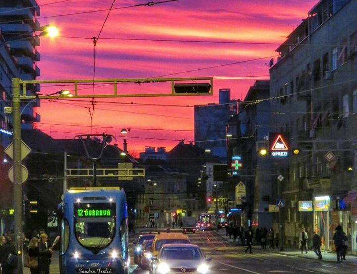 [PHOTOS] Fiery Sunset Colours Zagreb Sky