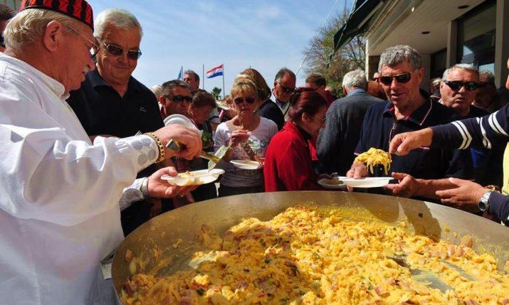 Traditional Easter Monday Breakfast Shout Held Again in Šibenik