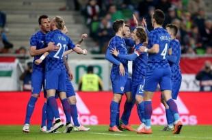 Croatia celebrates Mandžukić's goal (photo credit: Igor Kralj/PIXSELL)