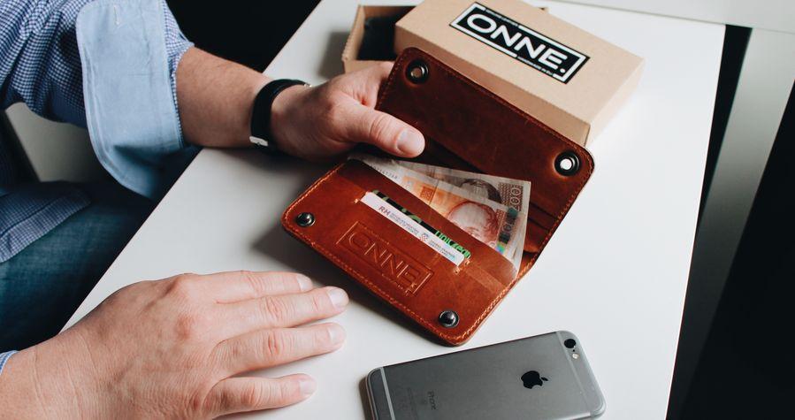 ONNE – 100% Croatian Designed & Handmade iPhone Wallets