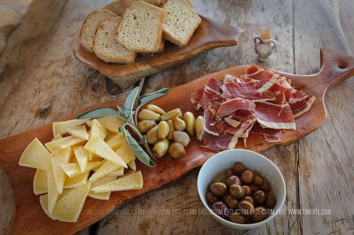 Pršut & Pag Cheese (photo credit:Tim Ertl)