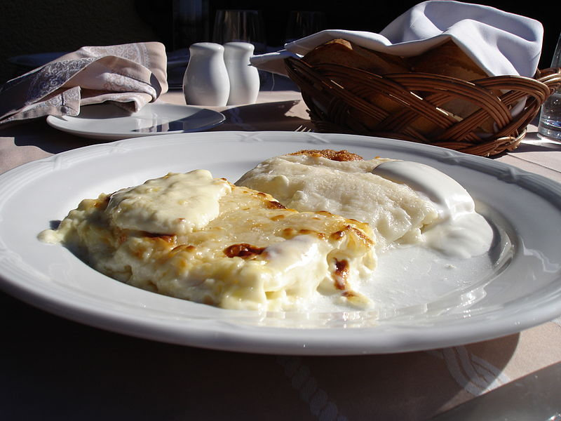 Zagorski Štrukli one of the most traditional dishes in Croatia (photo credit: Bonč – Wikimedia Commons)