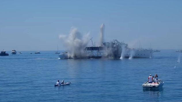 [VIDEO] Watch as First Ship Sunk in Croatia for Diving Tourism