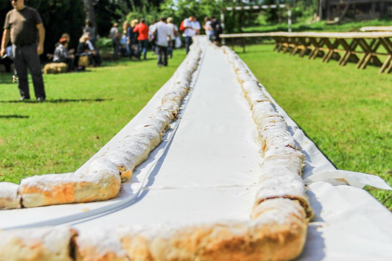 World record strudel (photo: TZ Karlovac)