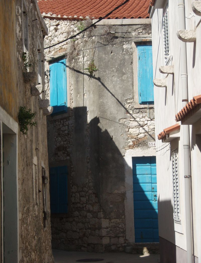 One of the stairways leading toward Susak's upper village.
