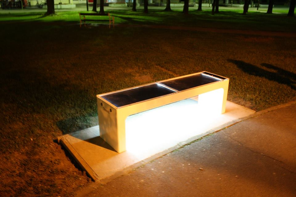 The benches have a number of features (photo: Steora)