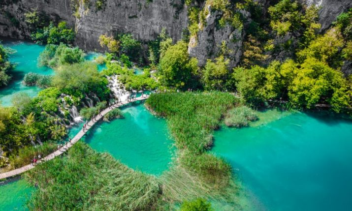 'Stupid Selfies' to Lead to Flip Flops & Sandals Ban at Plitvice Lakes National Park