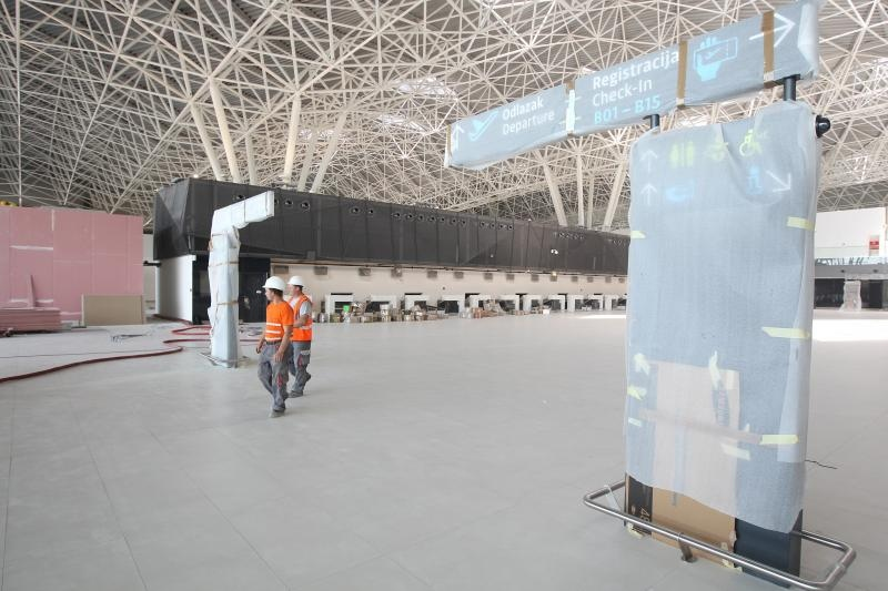Work ending on new Zagreb terminal (photo: Boris Scitar/Vecernji list/PIXSELL)