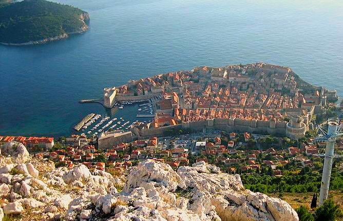 Dubrovnik (photo credit: wiki/bracodbk)