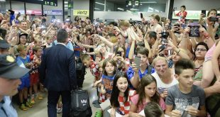 Croatia return to Zagreb to big welcome (photo credit: Tonci Plazibat/CROPIX)