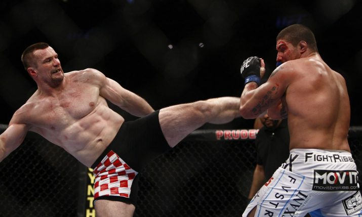 Cro Cop Makes Generous Gesture to Say Thanks to Fans