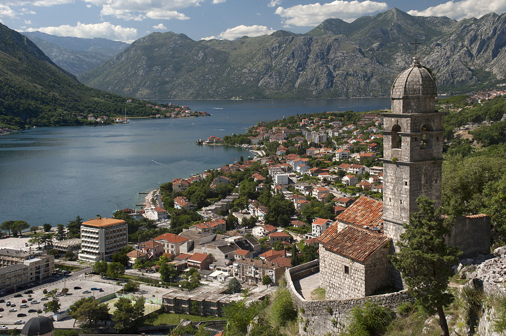 Kotor (image by Ggia)