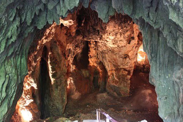 Samograd cave