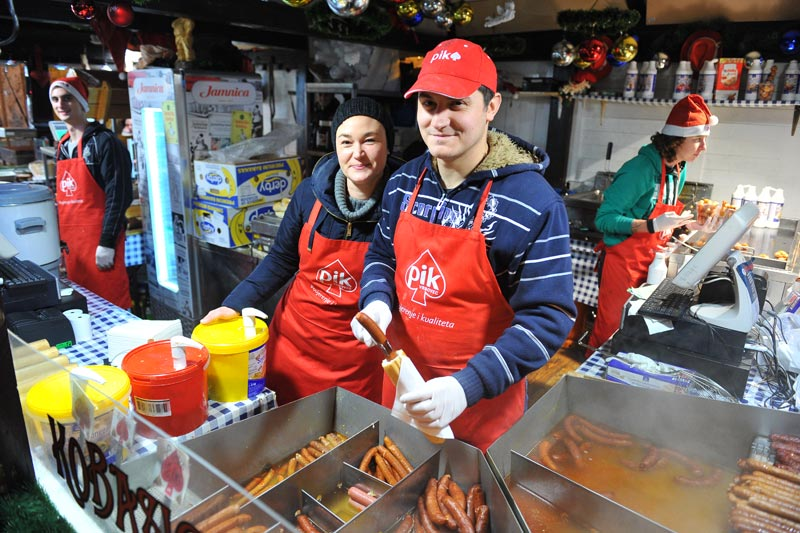 Popularity of sausage stalls over winter helping mustard consumption (photo credit: volim-meso.hr)
