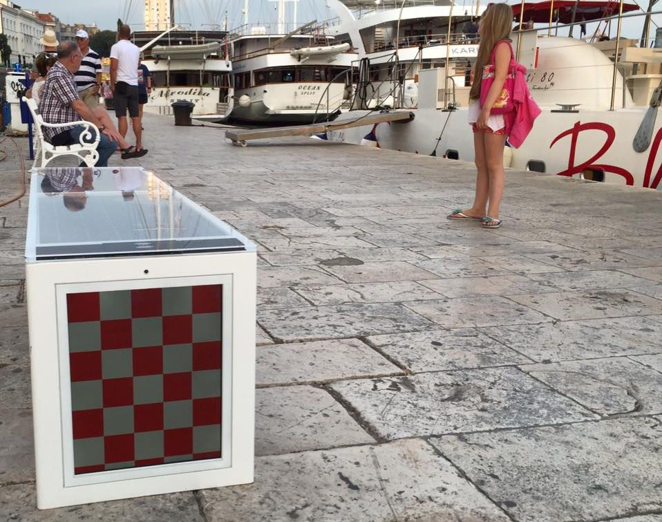 Croatian smart benches off to Australia (photo: Steora)