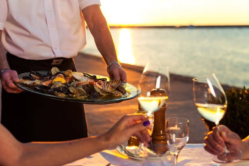 A chance to also enjoy in Istrian cusine and wine (photo credit: Peternel Grupa / Colours of Istria)