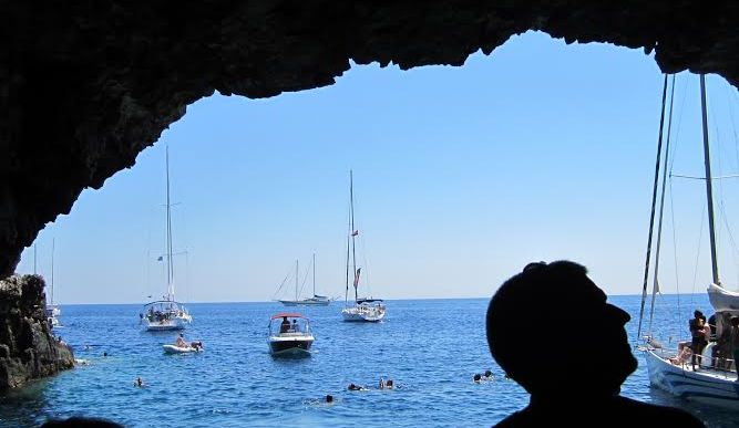 A Different Kind of Tour on Vis