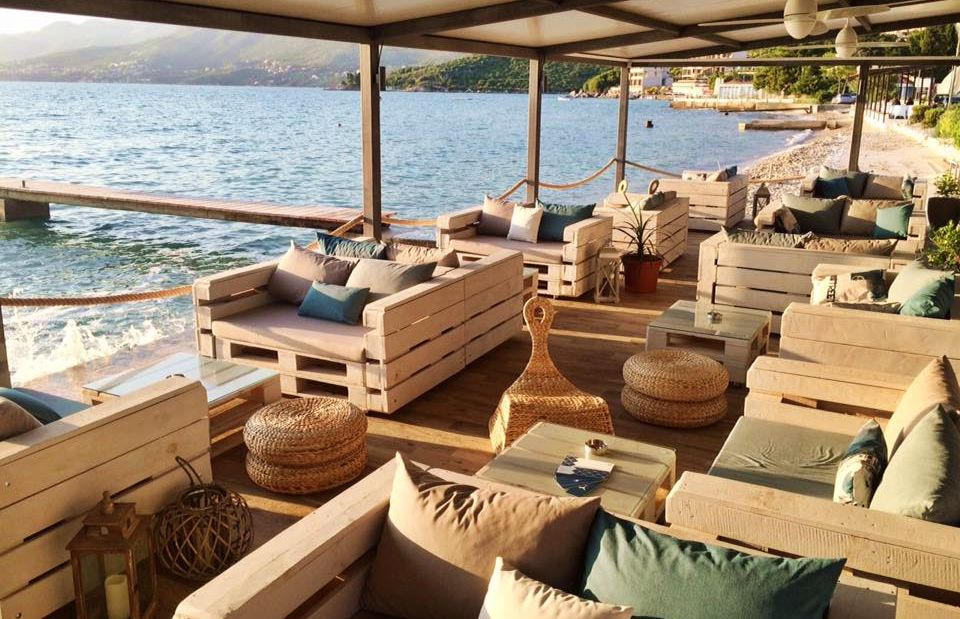 [PHOTOS] New Beachfront Lounge Bar Eve in Cavtat