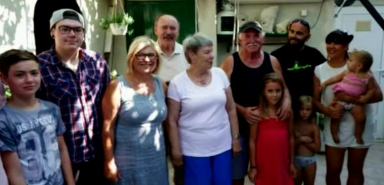The Schulz family have spent 41 years holidaying in the same spot (screnshot RTL)