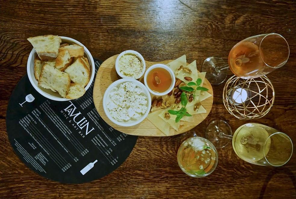 Tavulin Wine & Art Bar: A Taste of Authentic Dubrovnik