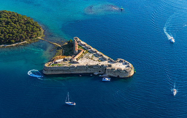 UNESCO were checking out St. Nicholas Fortress in Šibenik,(photo credit: planetware.com)