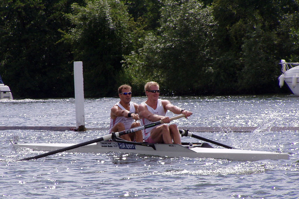 Coxless pairs boat (photo credit: Creative Commons)