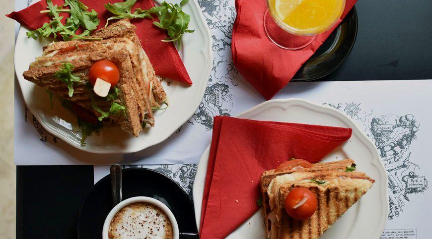 Kava Tava – Where Breakfast Lasts All Day Long