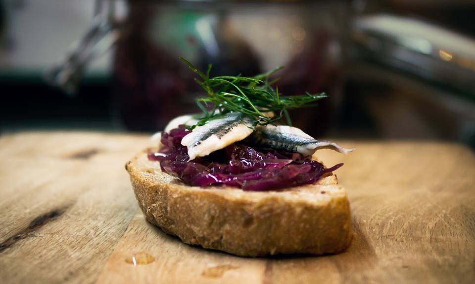 Marinated Adriatic anchovies with caramelized red onion and fresh dill