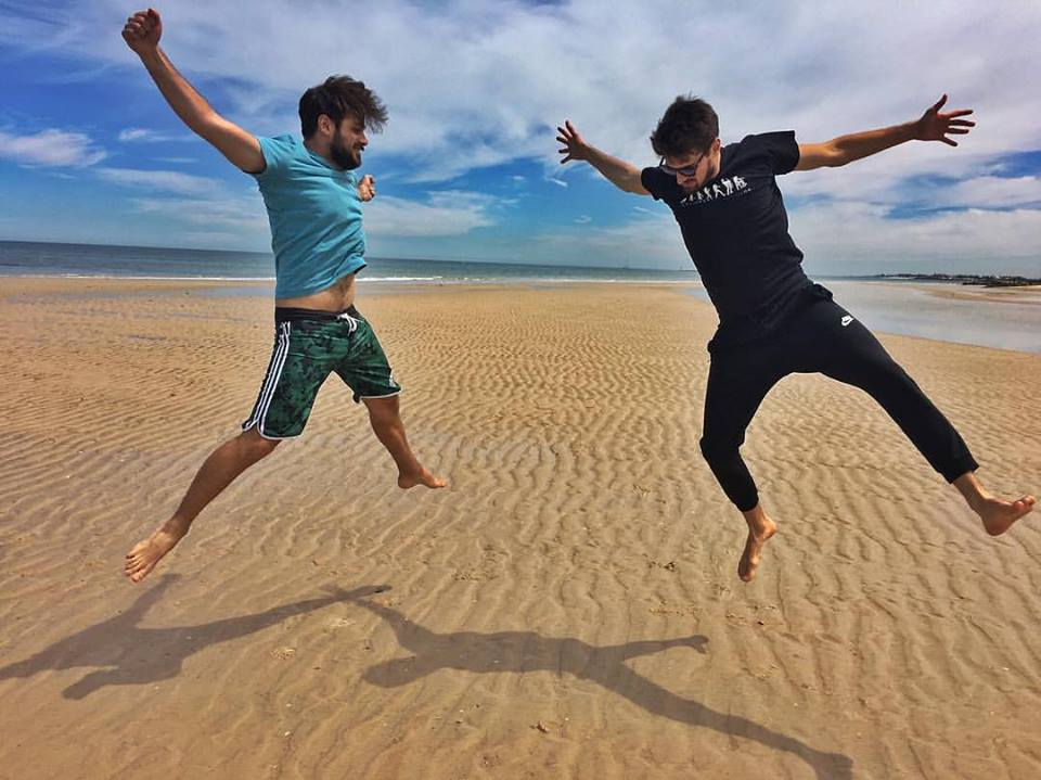 2CELLOS in Australia (photo: Facebook)
