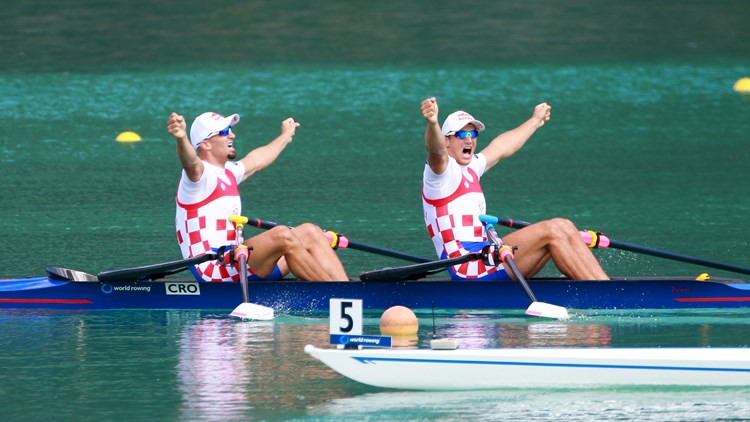 Sinković Brothers winning again (photo credit: FISA Igor Meijer)