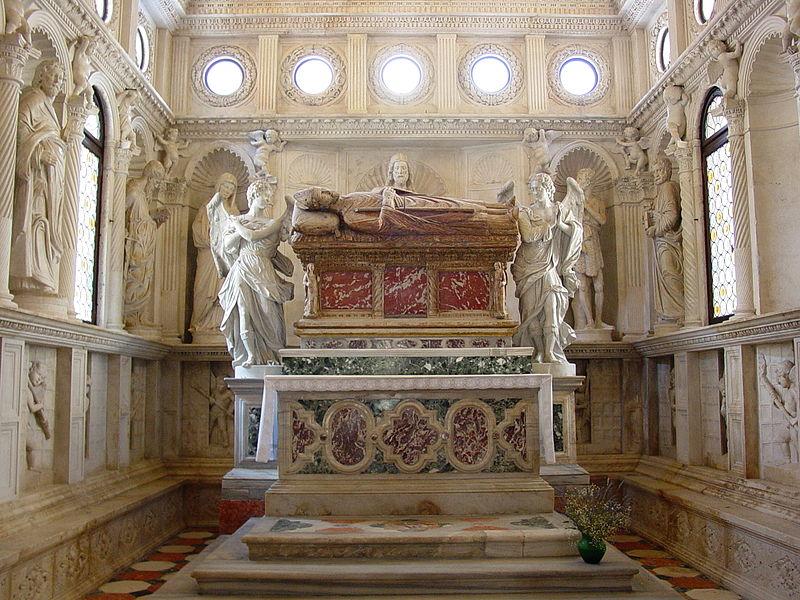 Tomb of Saint Ivan Trogiranin (photo credit: Creative Commons)