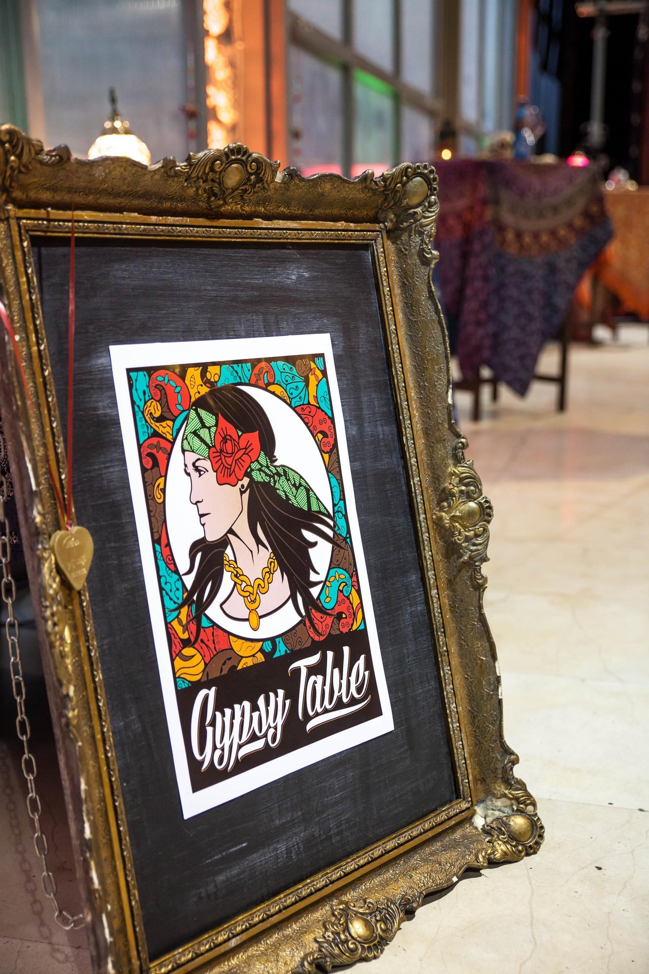gypsy-table