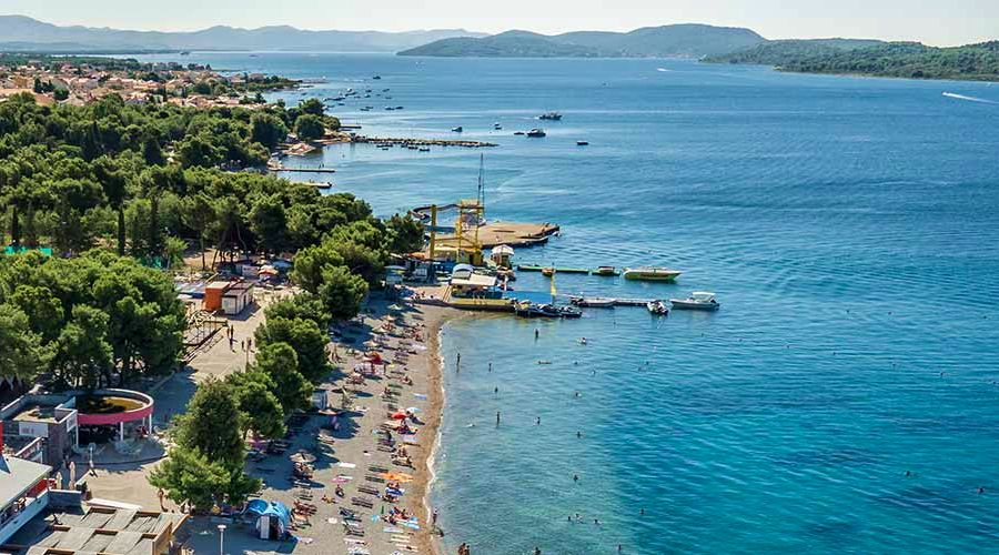 Popular Croatian Tourist Town Creating Beach Where Water is 10°C Warmer