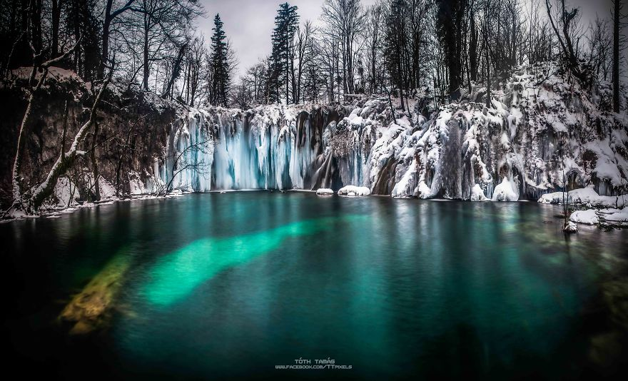 Photos Amazing Frozen Plitvice Lakes As Never Seen