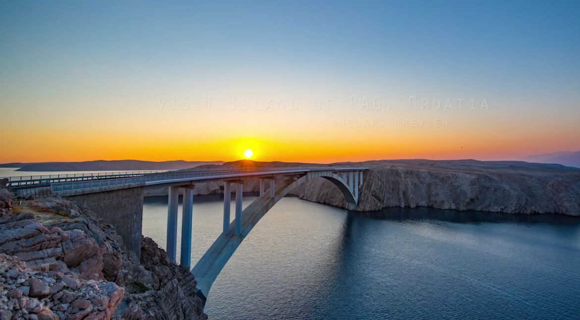 [VIDEO] Amazing Time-Lapse Footage Reveals Magic of Croatian Island of Pag