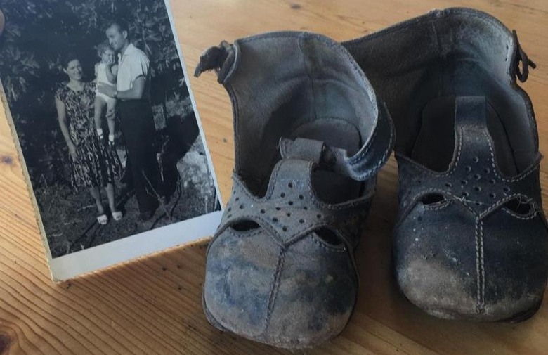 Croatian Emigrant Returns to Find Her Shoes in the Same Spot 52 Years Later