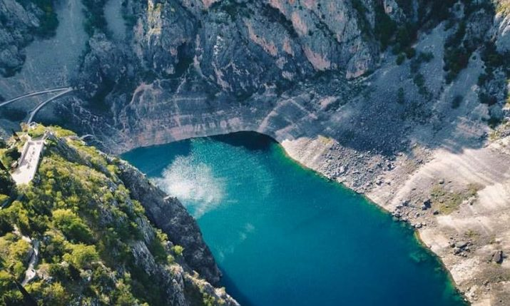 [VIDEO] Imotski's Amazing Blue & Red Lakes