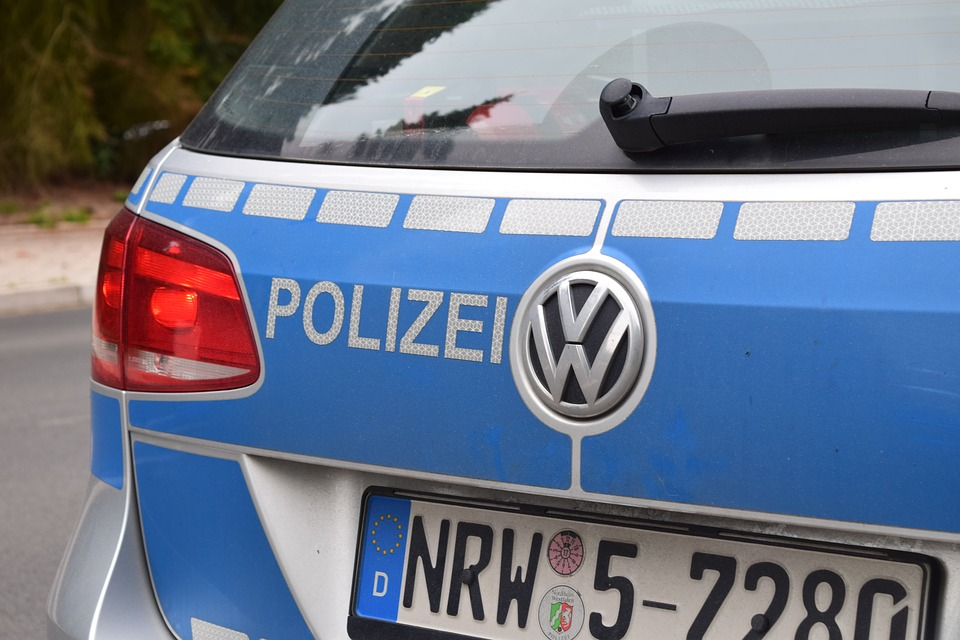 Robert Kovac chases and catches alleged robber in Frankfurt