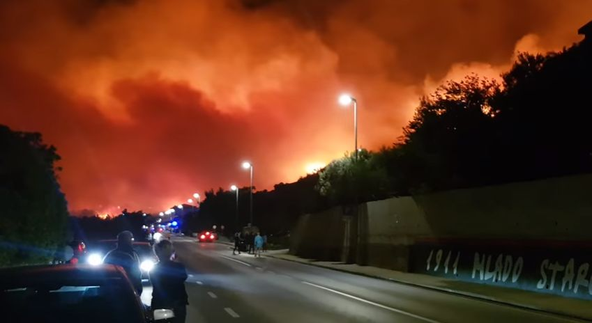 [VIDEO] Tourists Evacuated as New Blaze Starts in Tučepi