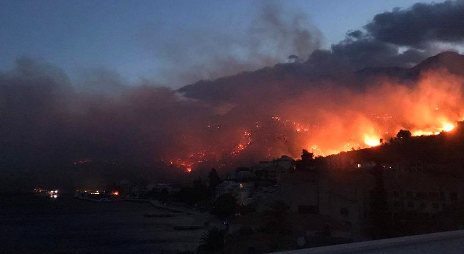 [VIDEO] 200 Firefighters Battle Big Blaze in Podgora on Dalmatian Coast