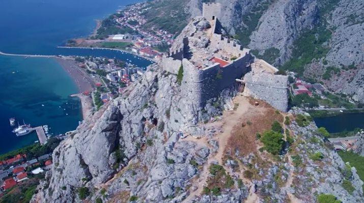 [VIDEO] Starigrad Fortress in Omiš