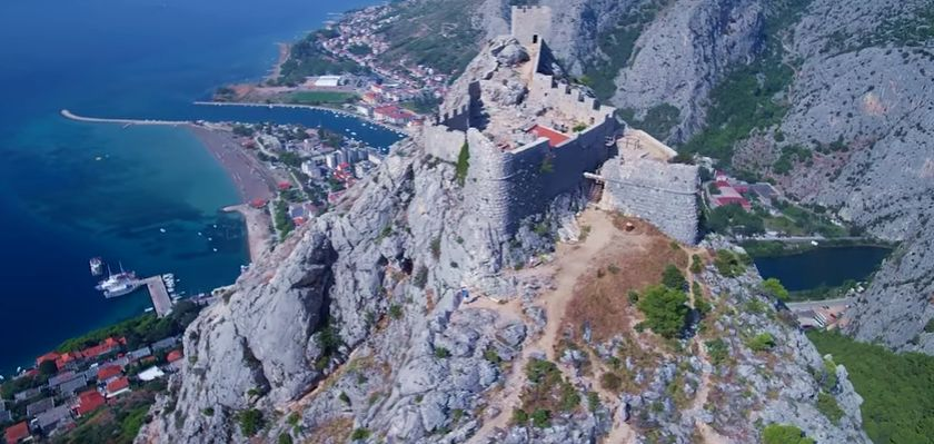 [VIDEO] Starigrad Fortress in Omiš
