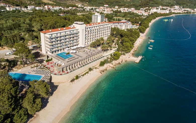 [PHOTOS] Iconic Jadran Hotel in Tučepi gets Luxury Upgrade