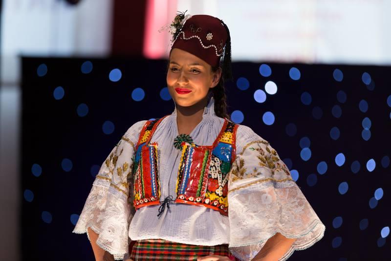 What beautiful serbians croatians girls apologise