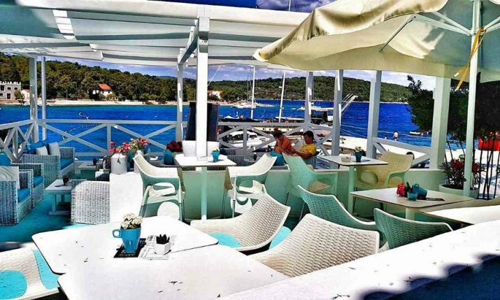 [PHOTOS] New Beach Club Open on Šolta Island