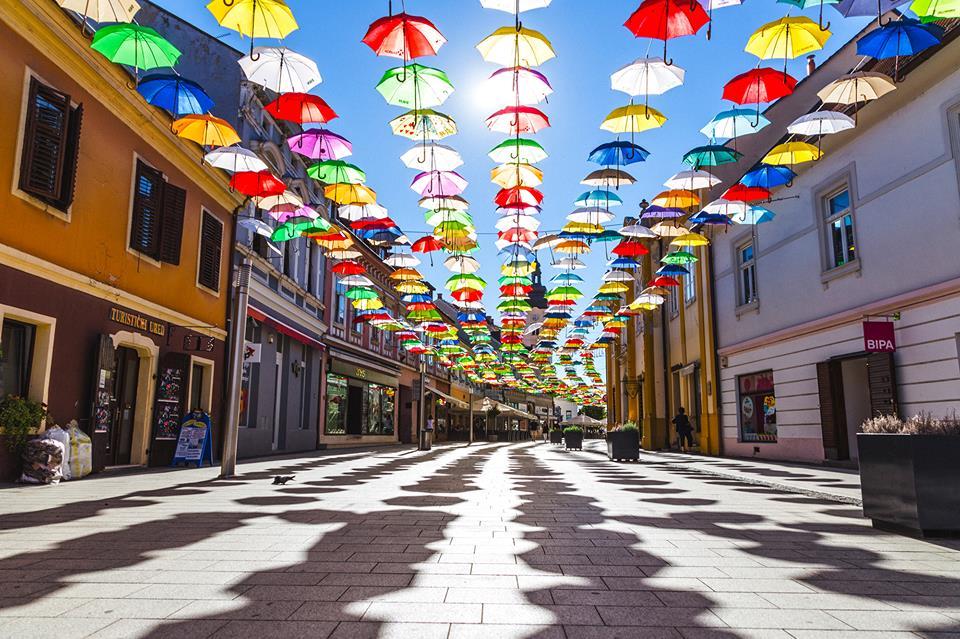 Thousands of Colorful Umbrellas Cover City of Čakovec